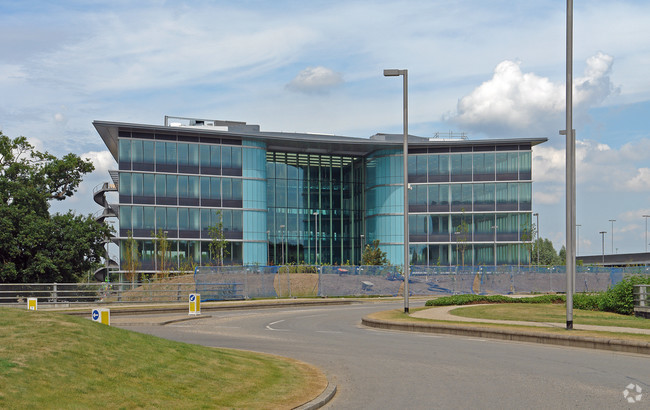 Virgin Media and IQVIA double up on close to 200,000 sq ft of Reading HQ moves